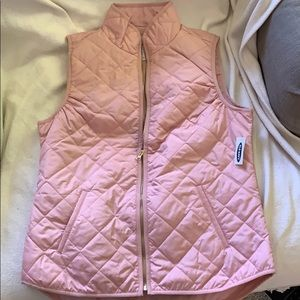 Pink Old Navy light quilted vest size M